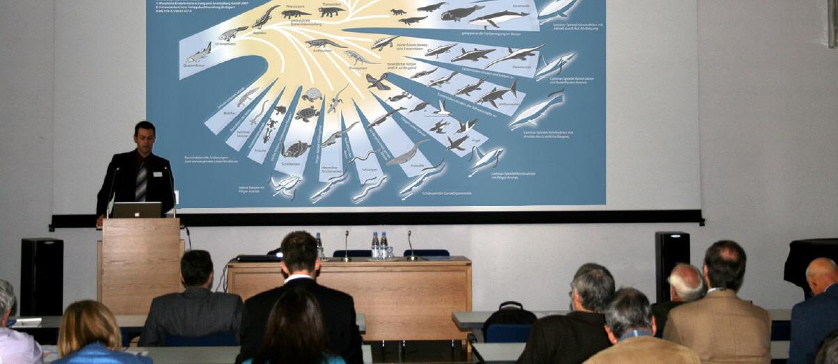 Michael Gudo stellt auf dem RSNG-Kongress 2009 die Frankfurter Evolutionstheorie zur Diskussion. Im weiteren Verlauf der Tagung bietet sie ideale Anknüpfungspunkte für eine prozesstheologische Deutung durch Bernhard Dörr.