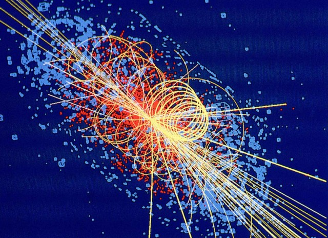 Higgs boson decays to four muons (c) CERN